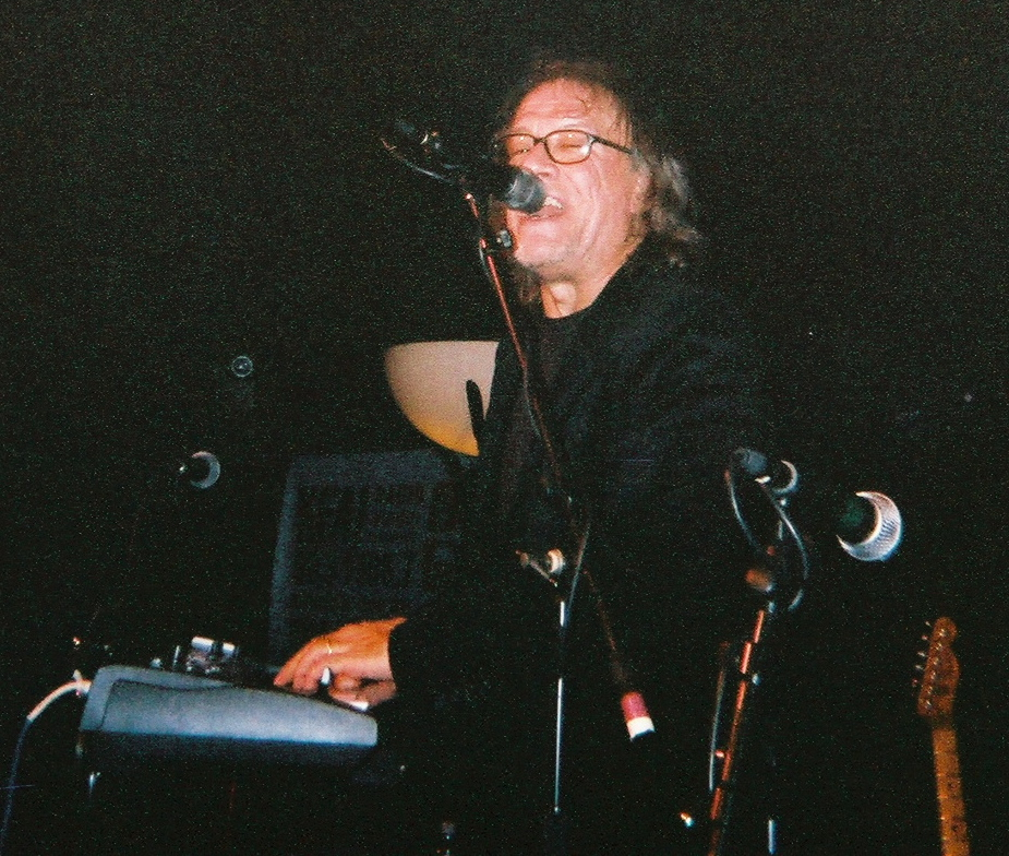 BraveComboDec2006/Carl.jpg
